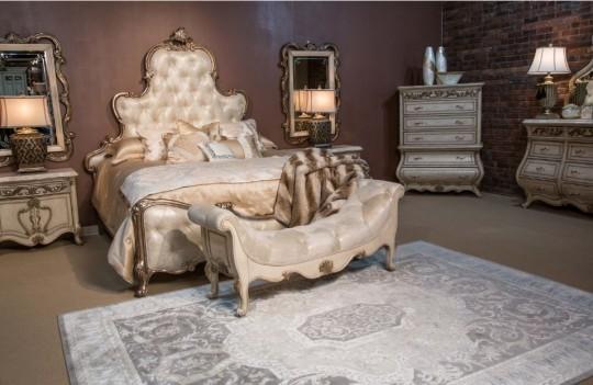 09000 Platine de Royale Bedroom set by Michael Amini