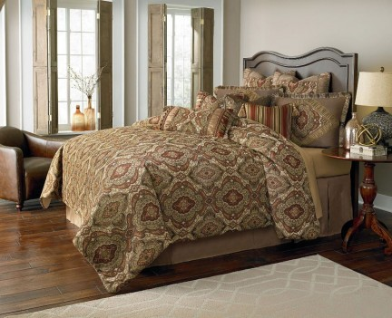 Michael Amini Hanover Comforter Bedding Set by Aico