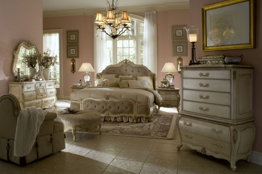 Aico Lavelle Wing Mansion Bedroom Set Collection Blanc