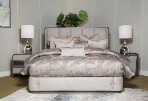 Multi-Panel Bed Roxbury...