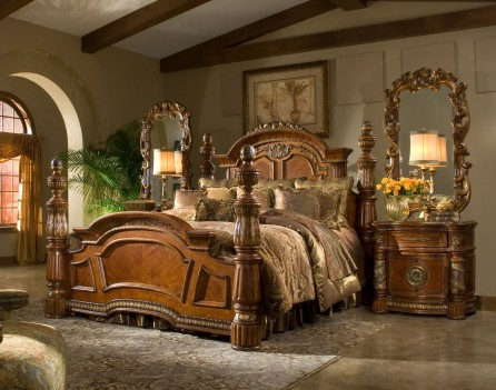 Low Poster bed Villa...