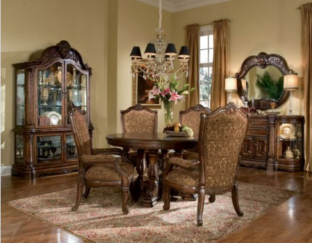Round Dining Table Windsor...
