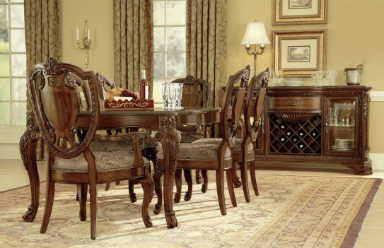 Leg Table Dining Set Old...