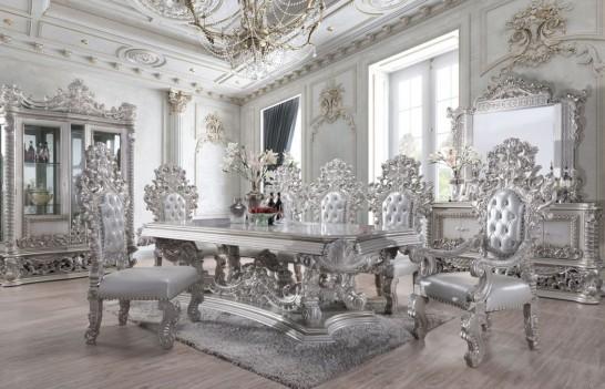 DN 00689 Victorian Style...