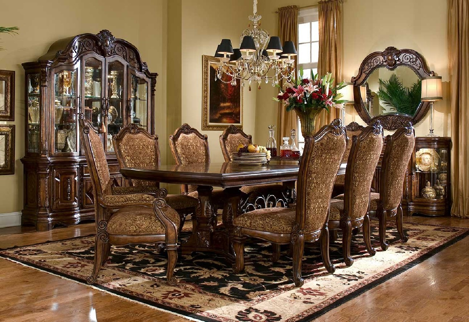 Aico Windsor Court 7000 Dining Room Collection
